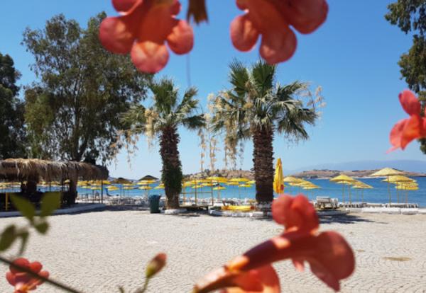 Foça Şamata Beach Club