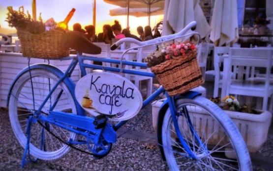 Foça Kavala Cafe