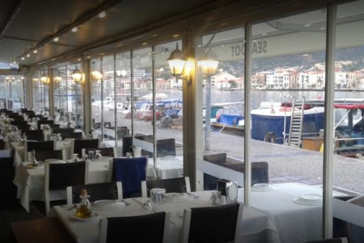 Eski Foça Ada Restaurant - Ada Et-Balık Restaurant - En İyi Foça Restoranları